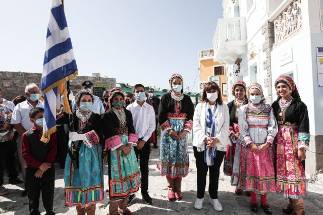 Σακελλαροπούλου : Η Κάρπαθος από τους τελευταίους θύλακες παραδοσιακού πολιτισμού   tovima.gr
