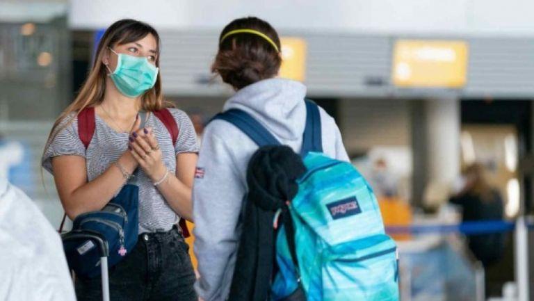 Κορωνοϊός : Θα ήταν καλύτερα αν εξ' αρχής φορούσαμε μάσκες αντί να απολυμαίνουμε επιφάνειες; | tovima.gr