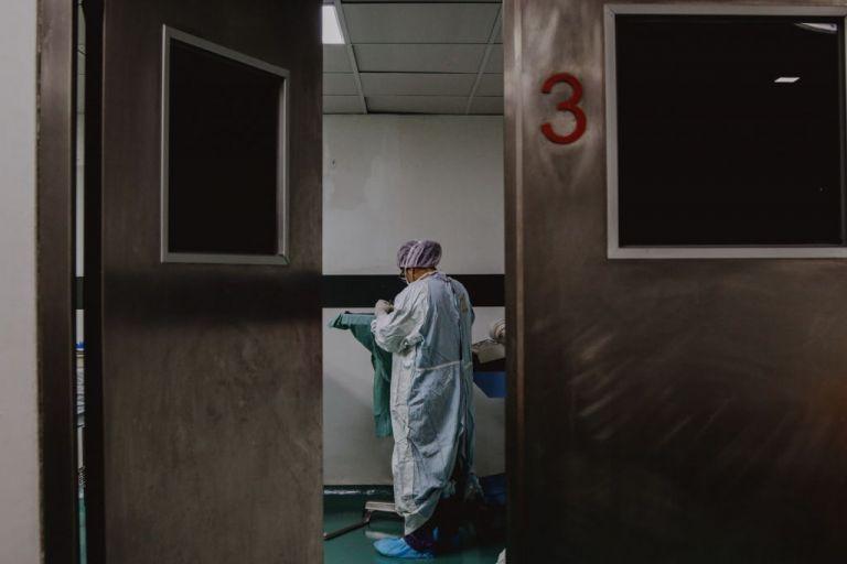 Κορωνοϊός : Τρείς νέοι θάνατοι σε λίγες ώρες – Στους 423 οι νεκροί | tovima.gr