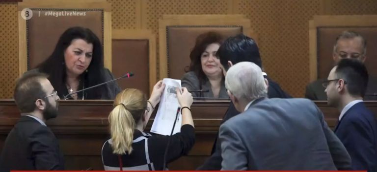 Συγκλονίζει η μαρτυρία της 62χρονης γυναίκας – θύματος της Χρυσής Αυγής | tovima.gr