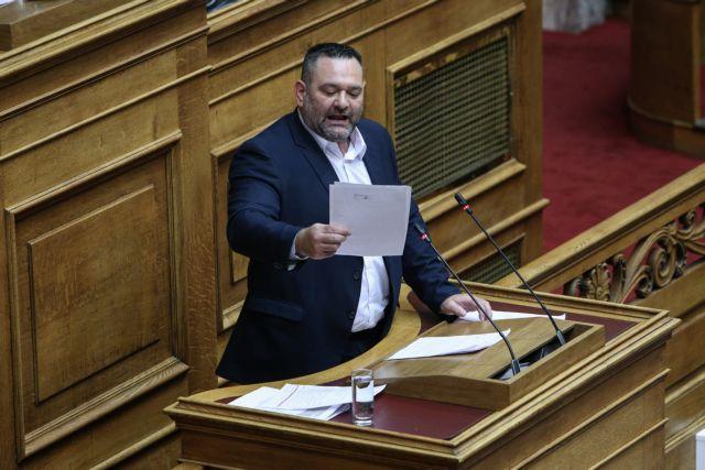 Ο Σασόλι ζητά εξηγήσεις από τον Λαγό για απαράδεκτους χαρακτηρισμούς για τους πρόσφυγες   tovima.gr