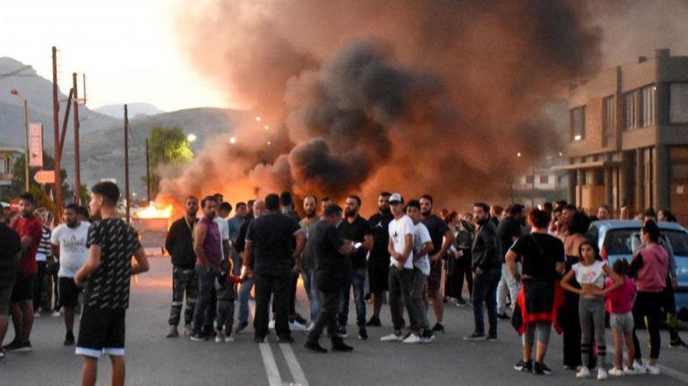 Στους δρόμους οι Ρομά σε όλη την Ελλάδα – Αντιδράσεις για τη δολοφονία 18χρονου | tovima.gr