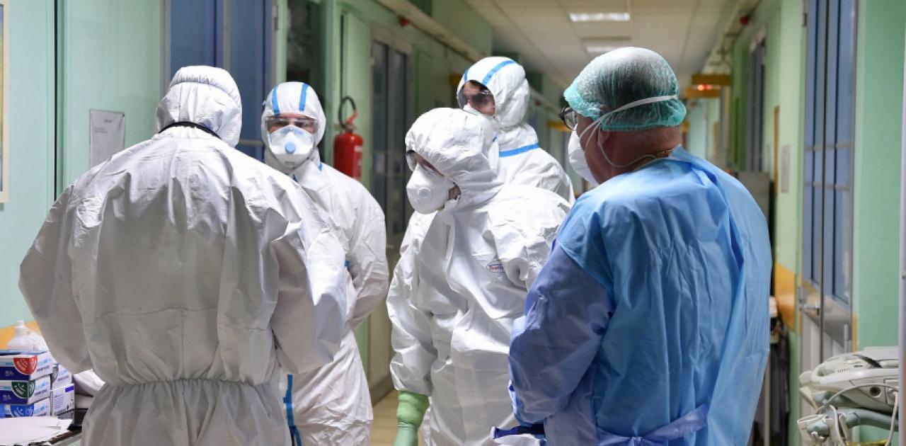 Κορωνοϊός : Έξι νεκροί και 408 νέα κρούσματα – Στους 89 οι διασωληνωμένοι -  Ειδήσεις - νέα - Το Βήμα Online