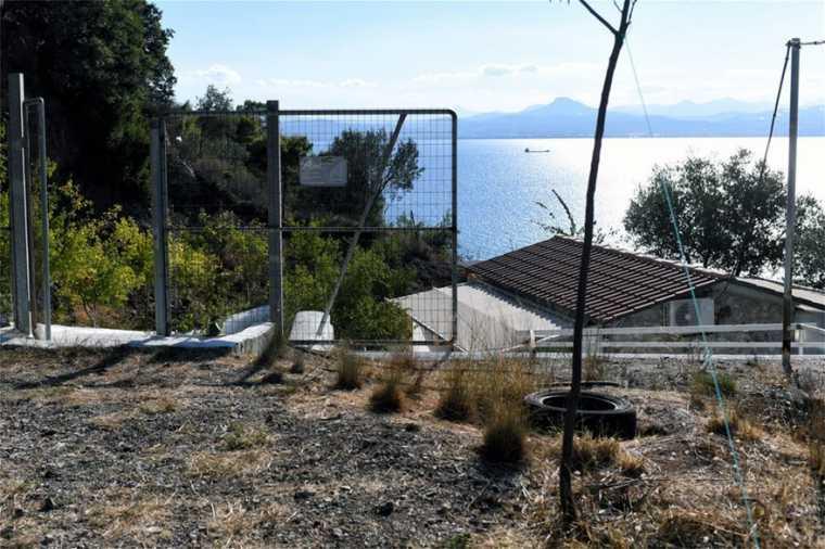 Διπλό έγκλημα στο Λουτράκι : «Ή με εμένα ή με κανέναν» απειλούσε ο δράστης | tovima.gr