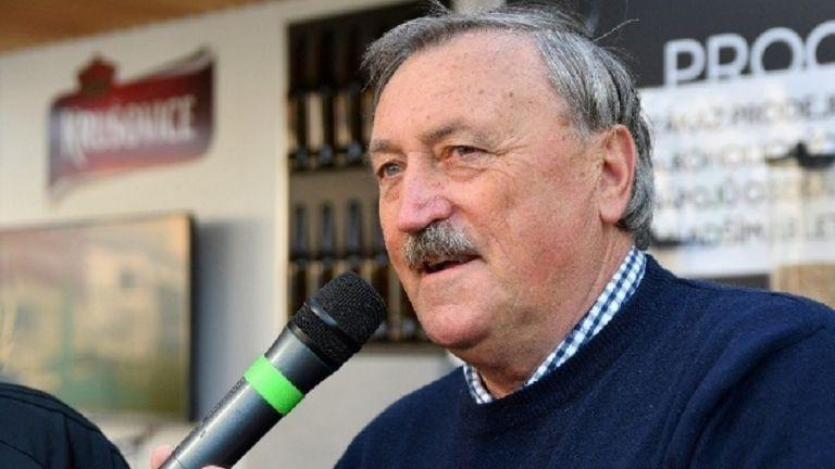 Νίκησε τον κορωνοϊό ο Πανένκα | tovima.gr