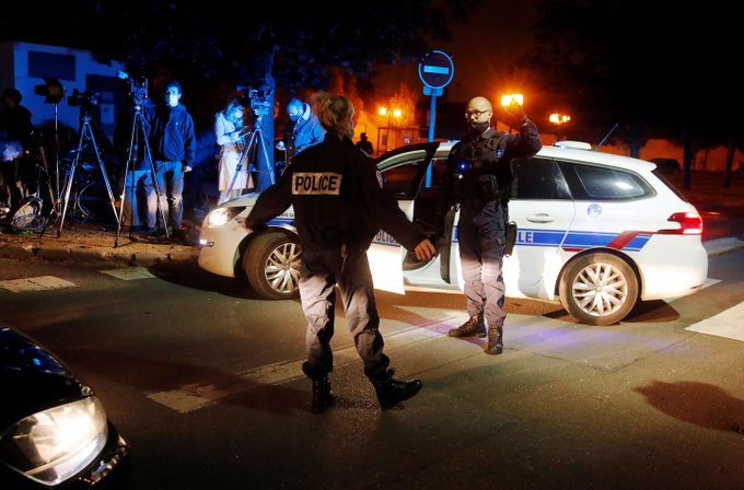 Παρίσι : 5 ακόμη συλλήψεις για την επίθεση – Επιβεβαιώθηκε ο δράστης | tovima.gr