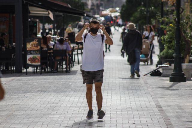 Κορωνοϊός : Κάτω των 40 ετών τα μισά κρούσματα | tovima.gr