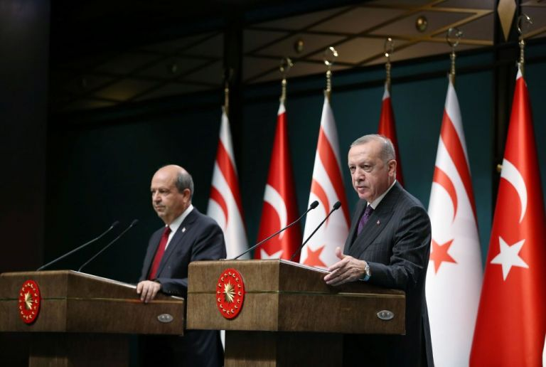 «Εκλογές» στα Κατεχόμενα: Συγχαρητήρια Ερντογάν στον Ερσίν Τατάρ | tovima.gr