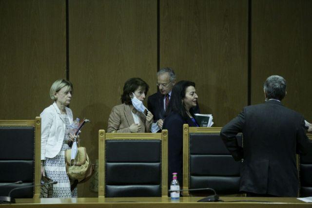 Δίκη Χρυσής Αυγής : «Εξοργιστική η πρόταση της εισαγγελέως»   tovima.gr