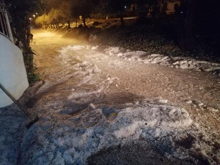 Κακοκαιρία : Χαλαζόπτωση και πλημμύρες το βράδυ στα Χανιά   tovima.gr