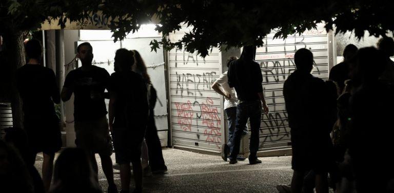 Κορωνοϊός : Έκρηξη κρουσμάτων με «όχημα» της διασποράς την ηλικιακή ομάδα 18-39 | tovima.gr