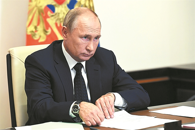 Ρωσία : Έτοιμοι να παράσχουμε σε άλλες χώρες το εμβόλιο Sputnik V για τον κορωνοϊό, λέει ο Πούτιν | tovima.gr