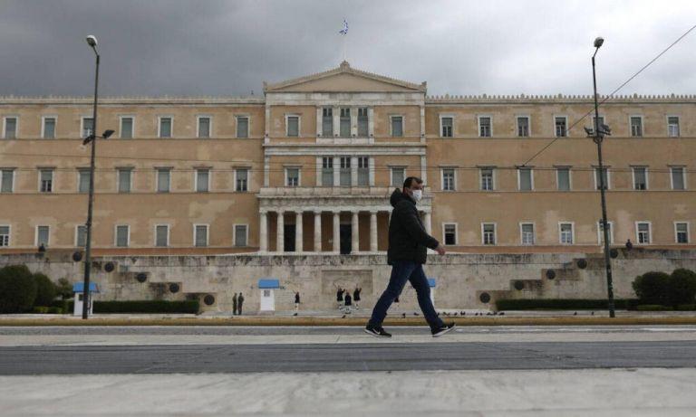 Η δημοκρατία της πειθούς δεν ευδοκιμεί το φθινόπωρο;   tovima.gr