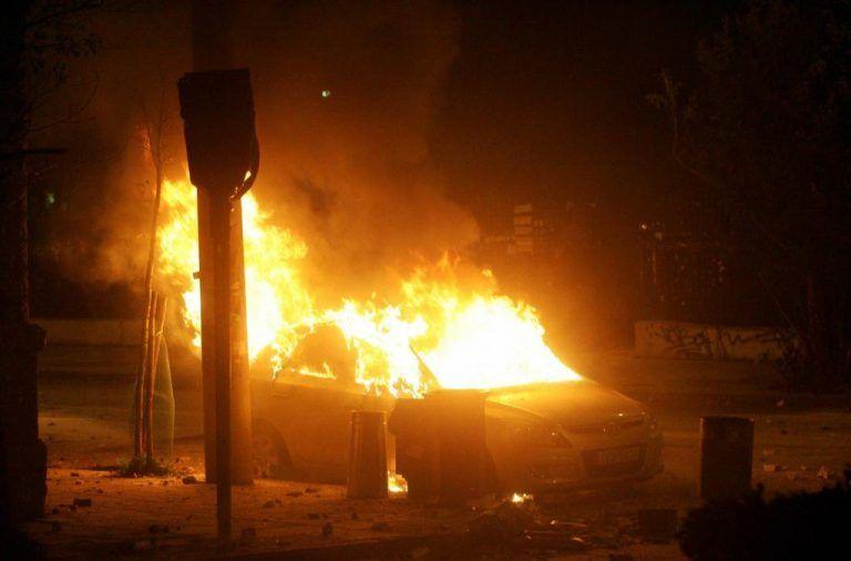 Εμπρηστικές επιθέσεις τη νύχτα στην Αττική | tovima.gr