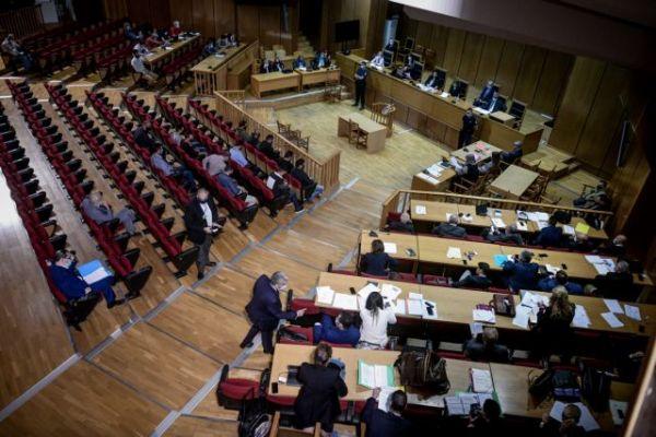 Χρυσή Αυγή : Εν αναμονή της απόφαση για τις αναστολές των ποινών   tovima.gr