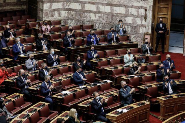 Βουλή : Με 158 «όχι» καταψηφίστηκε η πρόταση μορφής κατά του Χρ. Σταϊκούρα | tovima.gr
