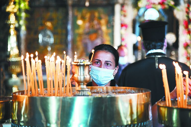 Koρωνοϊός και εκκλησία : Η πίστη μόνο δεν αρκεί – Τι δείχνουν τα στοιχεία για τους ασθενείς κληρικούς | tovima.gr