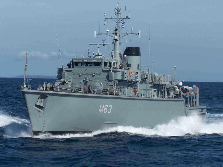 Πειραιάς : Ρυμουλκείται το Καλλιστώ – πήρε κλίση μετά τη σύγκρουση με εμπορικό πλοίο | tovima.gr