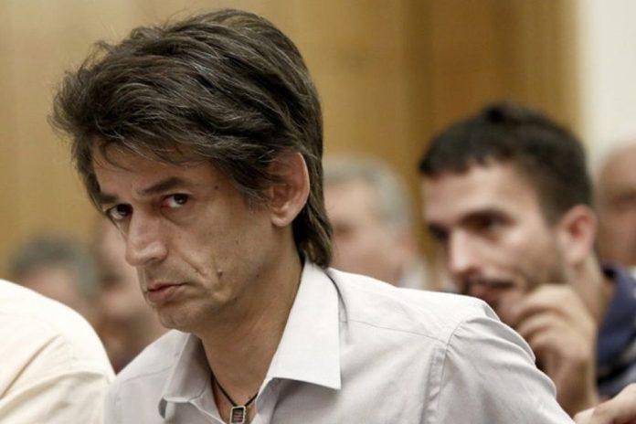 Αντιδράσεις για τις διχαστικές αναρτήσεις Καρανίκα ανήμερα της εθνικής επετείου | tovima.gr