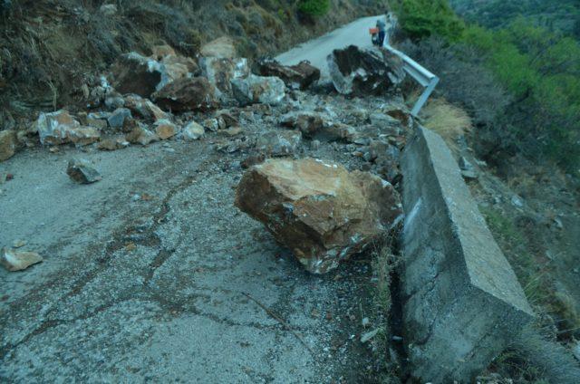 Κατολισθήσεις και στην Ικαρία μετά το σεισμό   tovima.gr