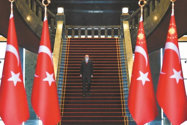 Ρωγμές στην «παντοκρατορία» Ερντογάν | tovima.gr
