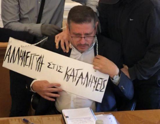 Άλλο ακτιβισμός άλλο καφρίλα | tovima.gr