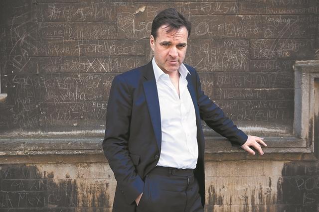 Νιλ Φέργκιουσον: «Μας περιμένει παρατεταμένη περίοδος αναταράξεων»   tovima.gr