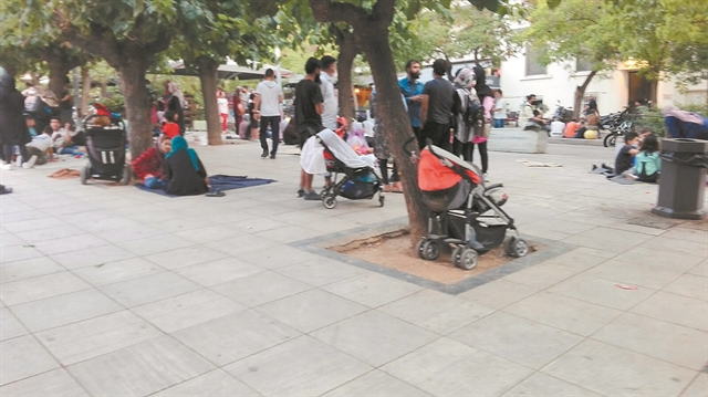 «Προαναγγελθείσα καταστροφή» η φιλοξενία των προσφύγων στην Αθήνα | tovima.gr