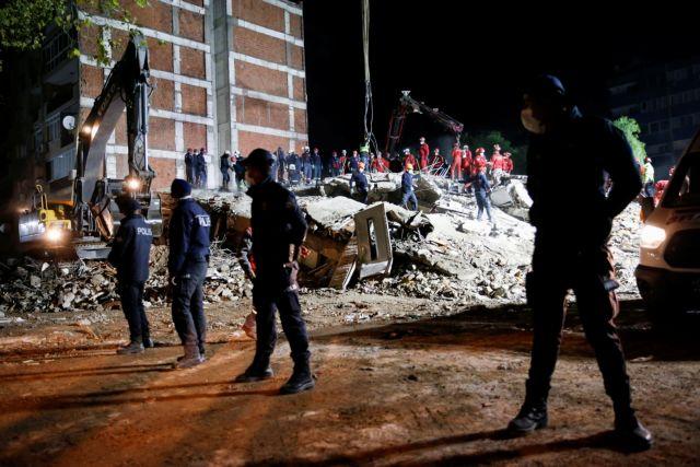 Το MEGA στη Σμύρνη: Συγκλονιστικές στιγμές στα χαλάσματα- «Θέλω να βγω, θέλω νερό» φωνάζει 14χρονος   tovima.gr