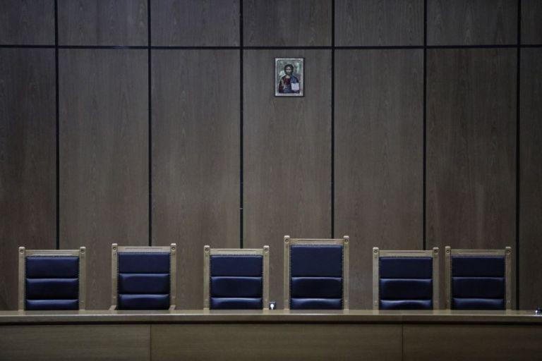 Κορωνοϊός : Οι δικηγόροι ζητούν την πλήρη λειτουργία των δικαστηρίων | tovima.gr