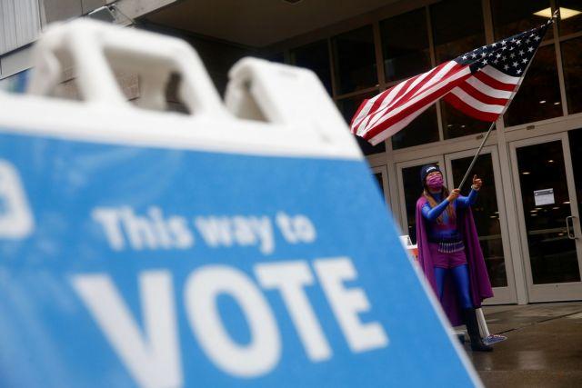 Εκλογές ΗΠΑ : Τι δείχνουν τα πρώτα exit polls | tovima.gr
