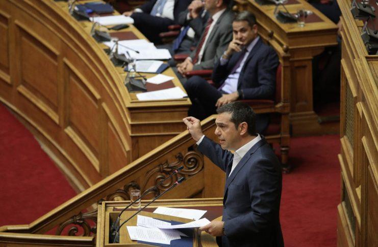 Γιατί επιμένει «να φέρνει τον Μητσοτάκη στη Βουλή»; | tovima.gr