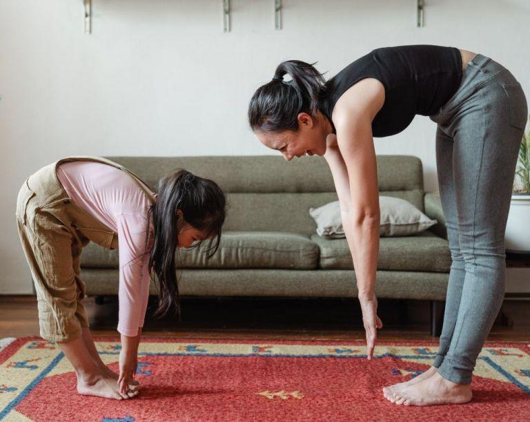 Γυμναστική στο σπίτι με την βοήθεια τριών youtube channels | tovima.gr