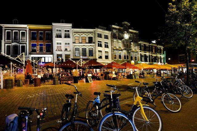 Κορωνοϊός : Πτωτική τάση στην καταγραφή νέων κρουσμάτων στην Ολλανδία | tovima.gr