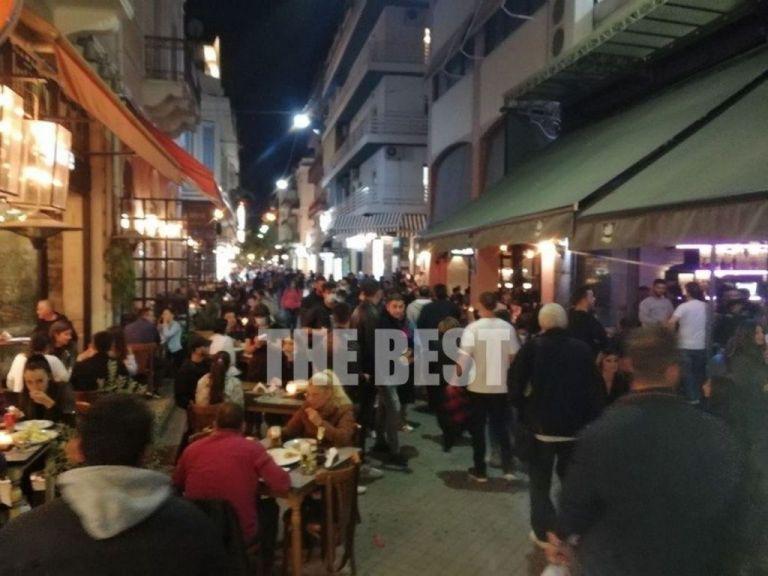Πάτρα : Όλοι σε καφέ και μπαρ για την τελευταία έξοδο | tovima.gr