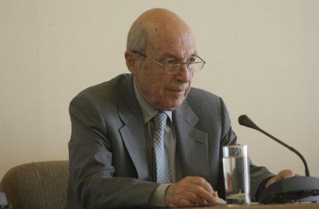 Σημίτης στα ΝΕΑ : Η Αντιπολίτευση δεν προτείνει, αλλά παρακολουθεί και αρνείται | tovima.gr
