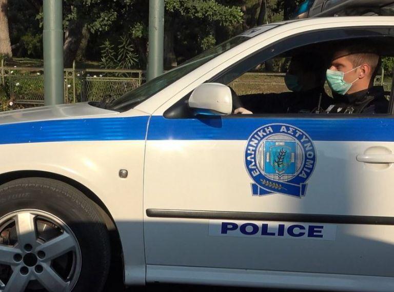 Κορωνοϊός : 400 αστυνομικοί θετικοί στον ιό   tovima.gr