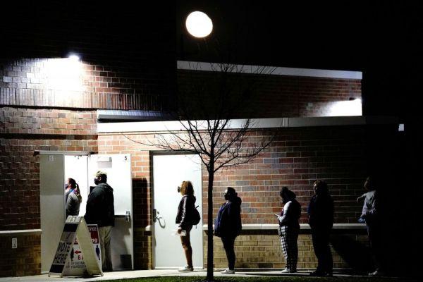 Εκλογές ΗΠΑ : Οι νέοι εξέλεξαν τον Μπάιντεν | tovima.gr