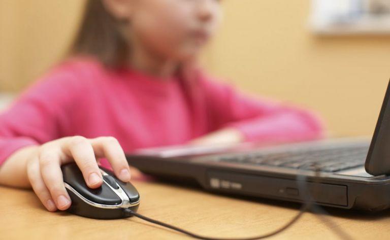 Τηλεκπαίδευση : Γιατί «έπεσε» το Webex, τι θα γίνει αύριο   tovima.gr