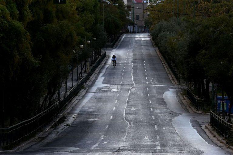 Αν χαθεί η ψυχραιμία, θα χαθεί κι η μάχη με την πανδημία | tovima.gr