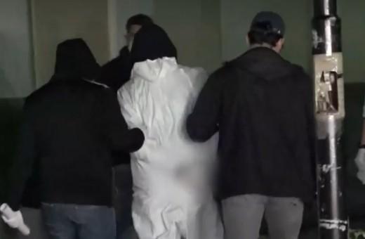 Έγκλημα στην Αγία Βαρβάρα : Τι είπαν στην ανακρίτρια ο 17χρονος και η κόρη της 50χρονης   tovima.gr