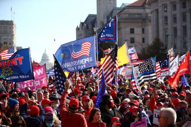 ΗΠΑ : Στους δρόμους εκατοντάδες διαδηλωτές υπέρ του Τραμπ – «Σταματήστε την κλοπή» | tovima.gr