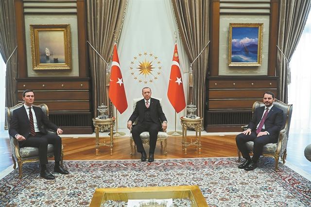 Η εύθραυστη οικονομία απειλεί την ηγεμονία Ερντογάν | tovima.gr
