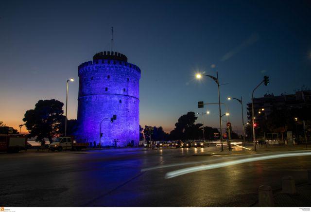Παγκόσμια Ημέρα Διαβήτη : Στα μπλε φωταγωγήθηκαν Βουλή και Λευκός Πύργος | tovima.gr