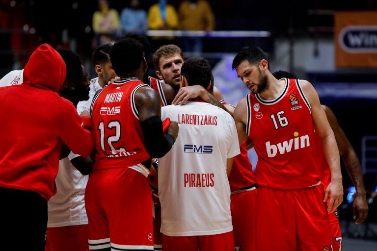 Κρούσμα κορωναϊού στην ομάδα μπάσκετ του Ολυμπιακού   tovima.gr