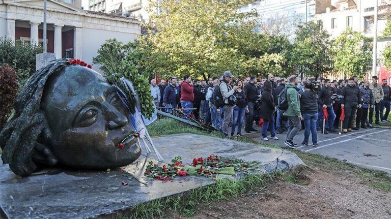 Πολυτεχνείο – ΚΝΕ: Η κυβέρνηση μετρά ρεκόρ αυταρχισμού, τρομοκρατίας και καταστολής   tovima.gr