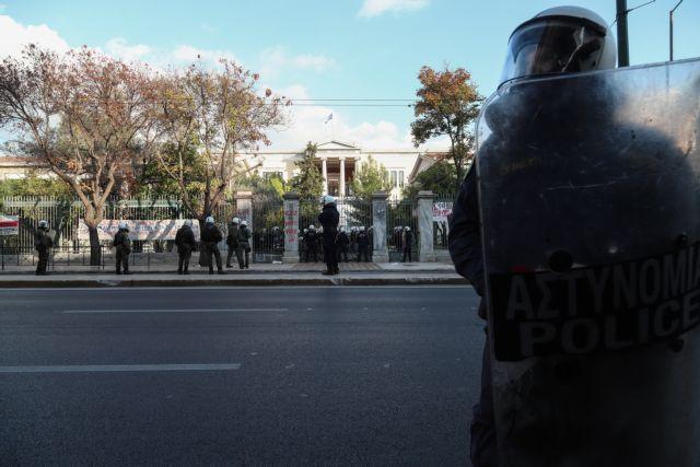 Πολυτεχνείο : Το σχέδιο της ΕΛ.ΑΣ. για να αποτραπούν οι πορείες | tovima.gr