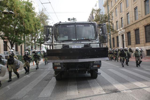 Κουτσούμπας : Η κυβέρνηση «γεννάει» αύρες και δεν βρίσκει λεωφορεία | tovima.gr