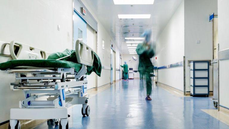 Κορωνοϊός : Σοκ με 108 νεκρούς και 522 διασωληνωμένους – 2.311 κρούσματα | tovima.gr
