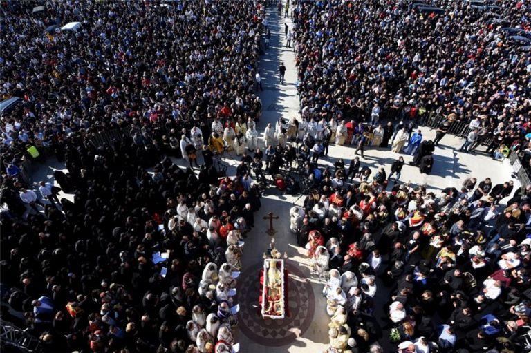 Ειρηναίος : Σε κλίμα συγκίνησης η κηδεία του Πατριάρχη Σερβίας | tovima.gr
